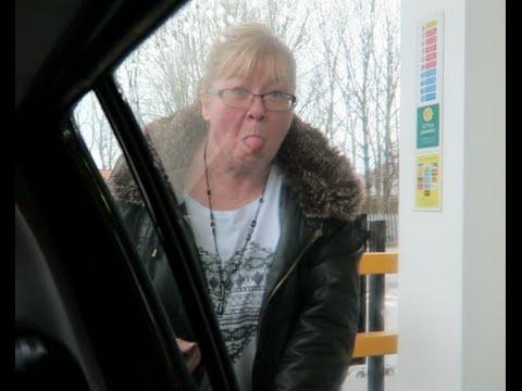 She broke the petrol pump (Vlog #224)