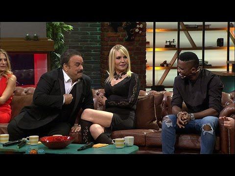 Beyaz Show- Samuel Eto'o Ve Bülent Serttaş Arasında Komik İngilizce Sohbet!