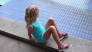День #3 Бесимся с Даней в Отеле идем в крутой парк для детей ДИСКАВЭРИ развлекательное детское видео