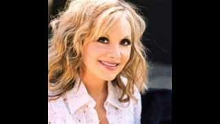 Stella Parton - I Don't Miss You Like I Used To