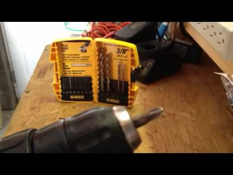 How To Use A Dewalt Cordless Drill And Adjust Clutch