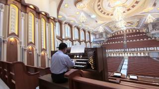 Beautiful Monarke organ for the Iglesia Ni Cristo, House of Worship, Local Congregation of Capitol.
