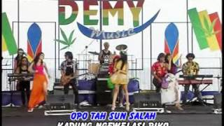 suliana hang sun jaluk DEMY MUSIC PARTY