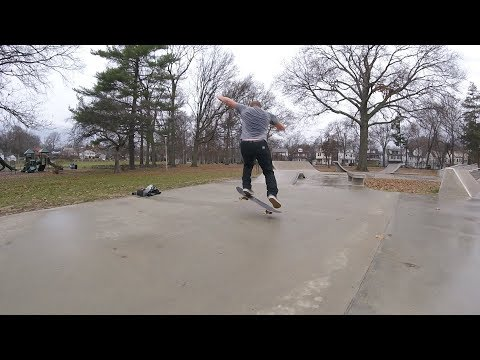 42 Year Old Skate Everyday - 325 - Rain Day! Let's Film a Line.