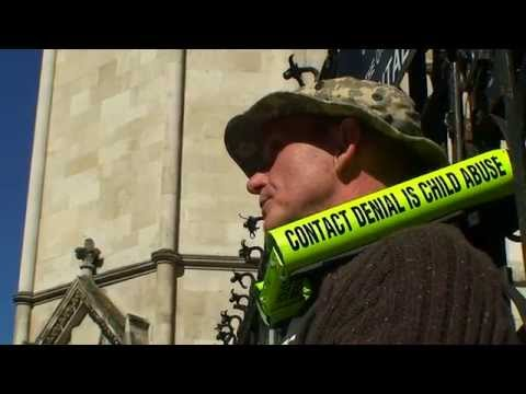Royal Courts of Justice, London front entrance closed by STOP THE WAR ON DADS