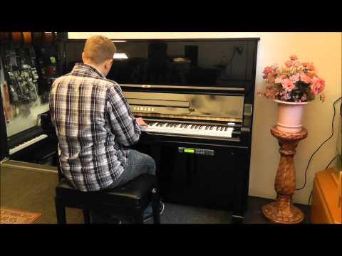 Yamaha U3 Klavier mit Silent System -- Neuwertiger Zustand