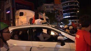 Đây là cách người dân TP HCM ăn mừng chiến thắng của U23 Việt Nam - U23 Syria