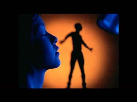 安室奈美恵 / 「Body Feels EXIT」Music Video