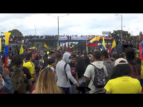 شاهد: الطلاب في طليعة المتظاهرين خلال الاحتجاجات المناهضة للحكومة الكولومبية…  - نشر قبل 12 ساعة