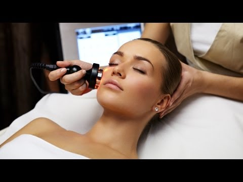 what-is-light-therapy?-|-acne-treatment