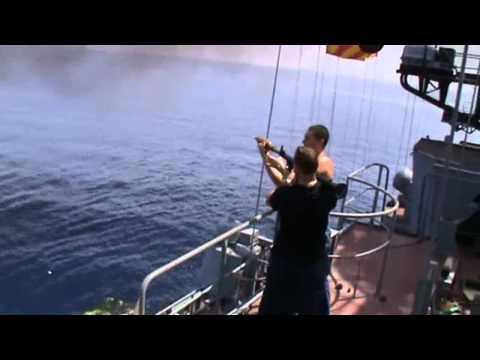 โจรสลัดโซมาเลีย ปะทะ เรือรบรัสเซีย