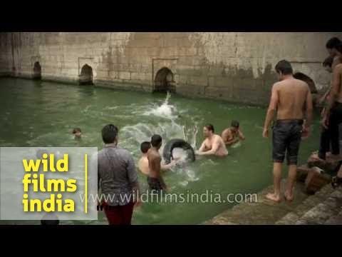 Sacred Nizamuddin Baoli now a swimming pool for local lads