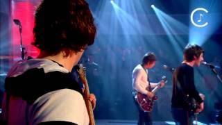 Arctic Monkeys Brianstorm @ Jools Holland 2007