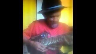Video asli indo...  kakek tua sang legend guitaris ???jago banget main gitar download MP3, 3GP, MP4, WEBM, AVI, FLV Desember 2017