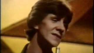Mike Berry singing The Sunshine of Your Smile on TOTP