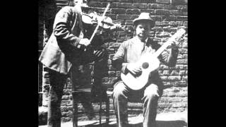 Gid Tanner & Riley Puckett - The Arkansas Traveler (1924)