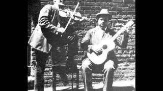 Gid Tanner & Riley Puckett - The Arkansas Traveler (1924)