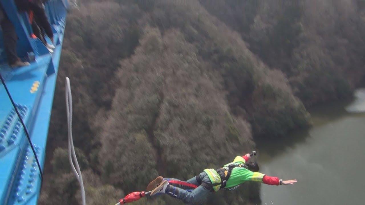 ジャンプ バンジー