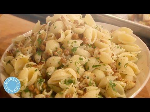 Cauliflower and Chickpea Pasta Salad - Martha Stewart - YouTube