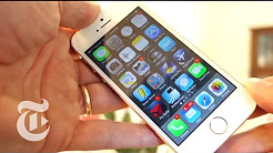 iPhone 5S Hands On Review - David Pogue 2013 | The New York Times