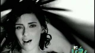 Watch Nelly Furtado En Las Manos De Dios video