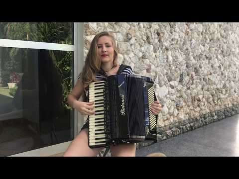 O melhor da a gaucha no acordeon com a Bia Socek