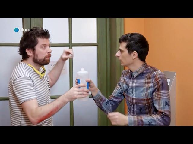 Dragi sosedje: Dobro je imeti zdravnika v bloku (S03E23)