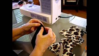 Repeat youtube video How to Make a Reversible Doll Vest Part 1