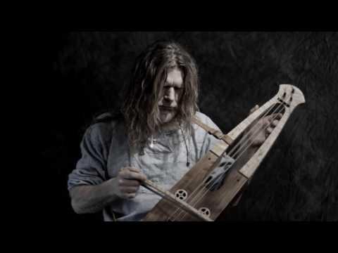 """""""Gnaal"""" - the bowed lyre (taglharpe)"""