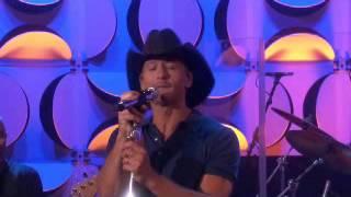 Tim McGraw Performs 'Keep on Truckin'