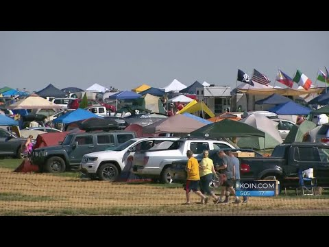 Eve of the Solar Eclipse: Global visitors in Oregon