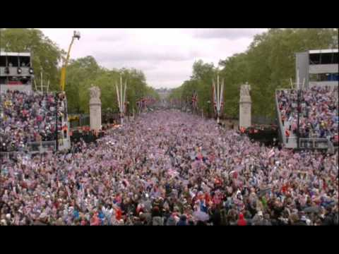 Queen's Diamond Jubilee - Balcony