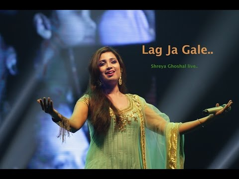 Lag Ja Gale..   Shreya Ghoshal Live | HD