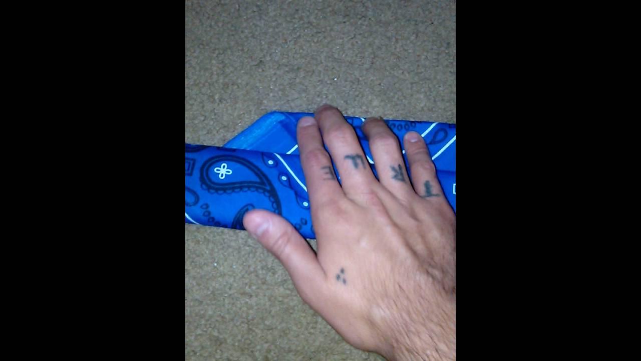 How to fold a sur trece bandana/flag