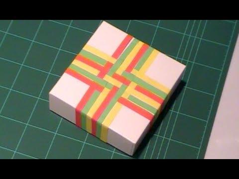 Envolver regalos de forma original con papel entrelazado - Envolver libros de forma original ...