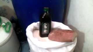 Брага для самогона. Ржаной хлеб и оливковое масло.(Усовершенствованный рецепт браги для самогона. Сахар, дрожжи,ржаной хлеб и оливковое масло. Весь процесс..., 2014-11-23T16:25:34.000Z)