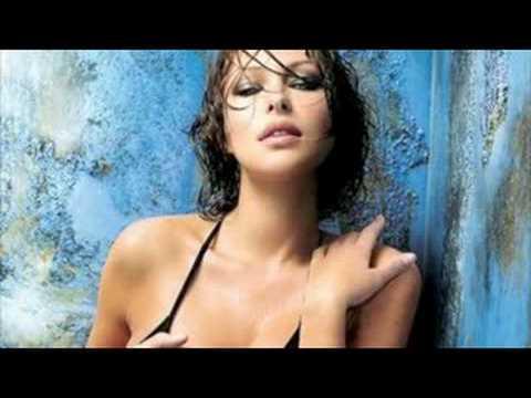 Lindsey Stirling - Take Flight [Official Music Video - YTMAs]Kaynak: YouTube · Süre: 5 dakika9 saniye
