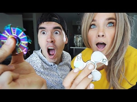 Download Youtube: TRUCOS BASICOS CON FIDGET SPINNERS!!