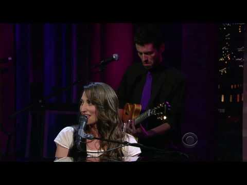 [1080p] Sara Bareilles - Bottle It Up (LSWDL 2008)