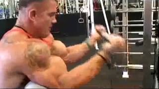 Monsta Athlete Andy Haman deep squatting 585lbs for reps