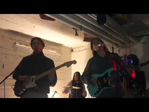 Toyotaband - Such - Musikvideo