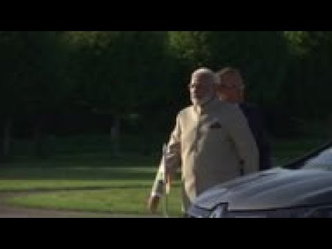 Macron welcomes Modi, comments on Kashmir and G-7