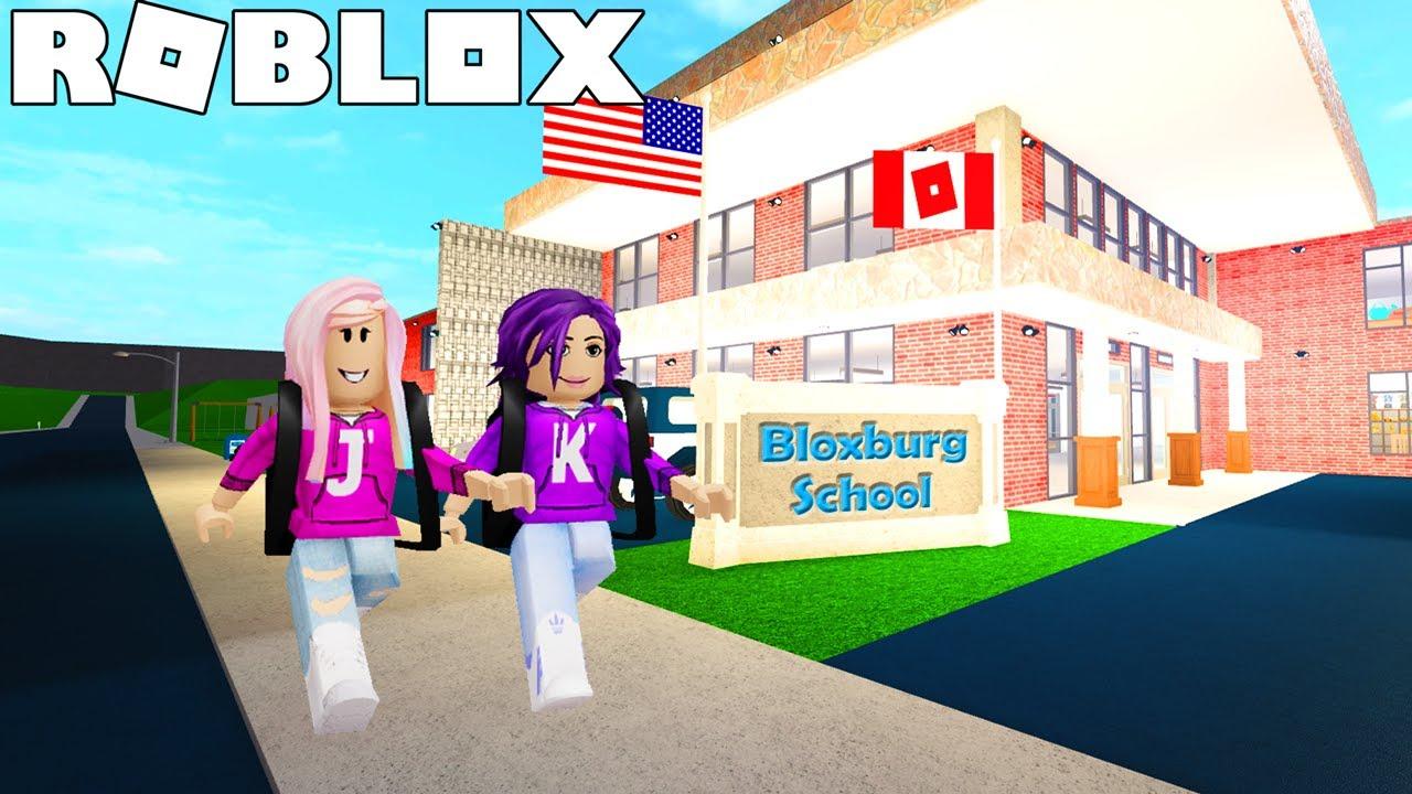 Bloxburg School Roleplay on Roblox! 🏫