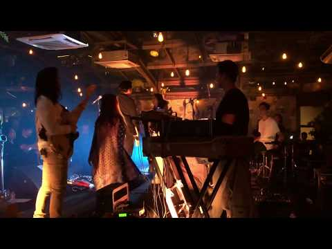 Barasuara - Guna Manusia (Live At Lucy In The Sky 13/03/2019)