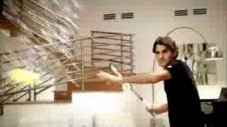 Roger Federer Nike Ad - AWESOME!