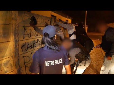 South African police crackdown on gangs