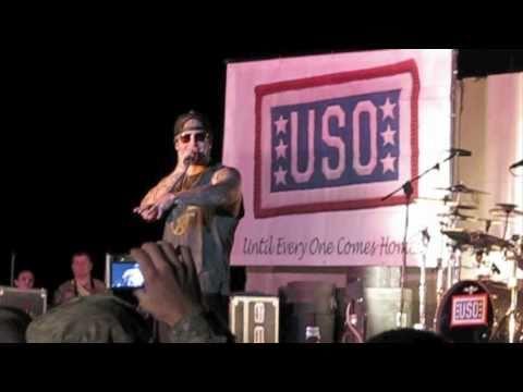 Avenged Sevenfold Live in Iraq- God Hates Us