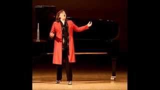 """Dawn Upshaw sings """"Fiançailles pour rire"""" - LIVE!"""
