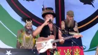 Xavier Rudd and the United Nations first song at the Fremantle Blues and Roots  29th March 2015