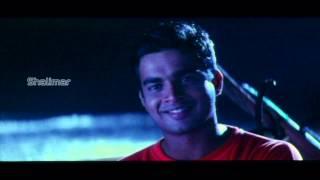 Cheli Movie | Madhavan And Reema Sen Love Scene At Beach